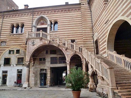 Palazzo della Ragione, picture by JoJan